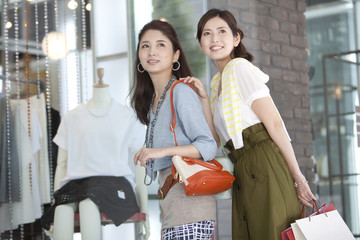 Two women doing shopping