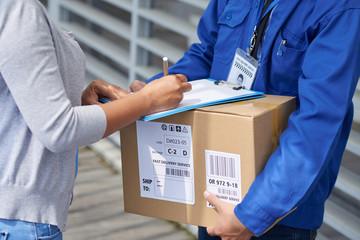 Signng for parcel