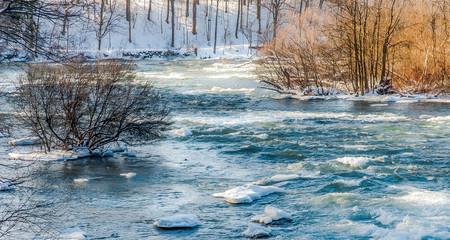 Keuken foto achterwand Noordzee Niagara Falls upper river in winter
