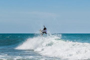 Surfing at Arugam Bay in Sri Lanka