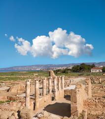 Fototapete - Ancient temple columns in Kato Paphos Archaeological Park, Cyprus
