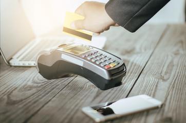 hand use credit card