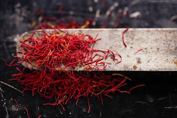 saffron space threads in vintage knife