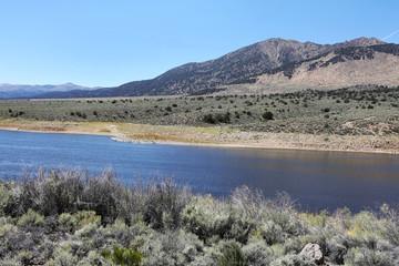 Wall Mural - Bridgeport Reservoir in Sierra Nevada Mountains