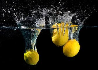 Wall Mural - Lemon splash