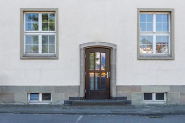 Gebäude Fassade Eingang Haustür