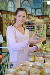 customer of organic shop
