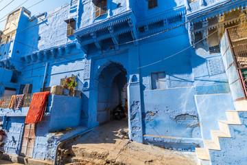 Deurstickers Door of a house in Jodhpur