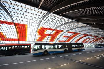 Busbahnhof bei Centraal Station in Amsterdam