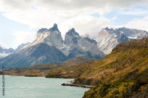 Wall mural Cordillera Paine - Chile