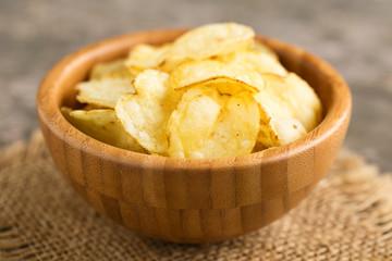 Kartoffelchips - potato crisps