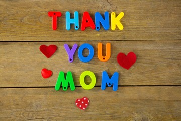 Thank you mom message with red hearts