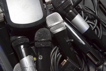 Microphones ready to a great Karaoke