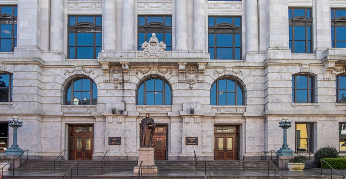 Statue of Edward Douglas White at Louisiana Supreme Court building in New Orleans