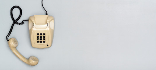 retro telephone header with copy space