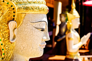 thai temple statues