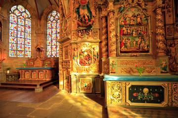 Enclos paroissial de Lampaul-Guimiliau, intérieur de l'église