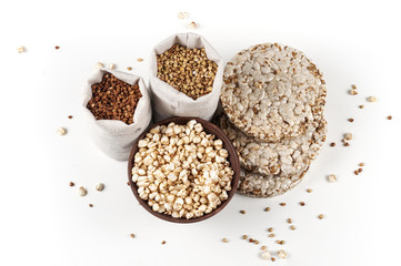 Round cakes, puffed buckwheat, green and brown cereals