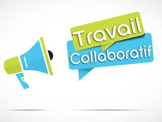 mégaphone : travail collaboratif