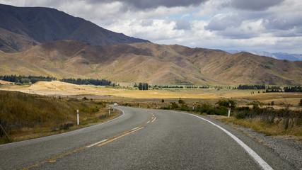 winding road New Zealand