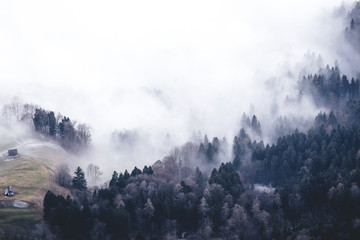 à la conquête des nuages