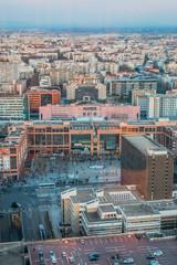 Panorama de Lyon au soleil couchant vu du haut