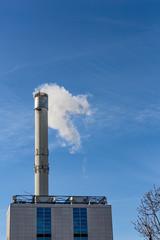 rauchender Schornstein Fabrikgebäude