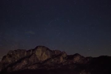 Drachenwand in Mondsee bei Nacht