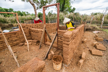 Earthen house building