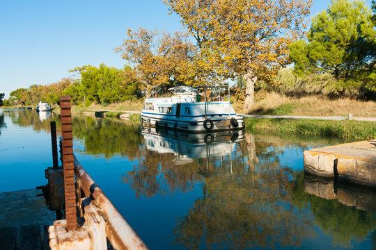 Canal de la Robine lock Ile Sainte Lucie, Port Nouvelle, France
