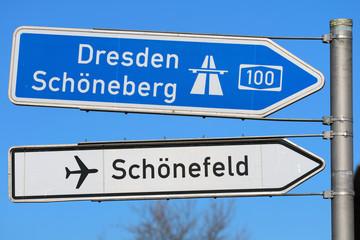 Wegweiser Schönefeld Dresden Autobahn