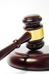 Richterhammer bzw. Auktionshammer mit Resonanzblock