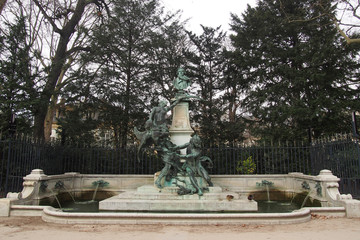 In de dag Fontaine Monument fontaine Eugène Delacroix au Jardin du Luxembourg - Paris