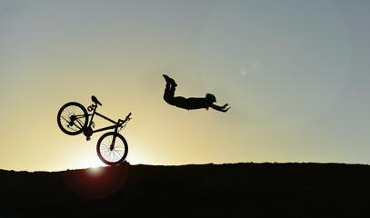 Foto op Canvas Fietsen bisiklet kazası & tehlikeli bisiklet sürüşü