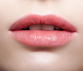 Female pink plump lips makeup