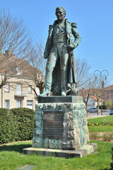 Statue de Sylvain Charles Valée à Brienne le Château
