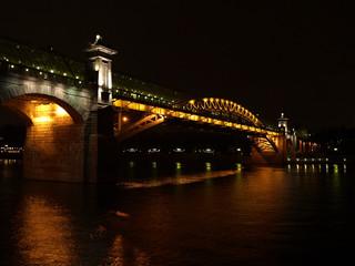Вид на Андреевский мост с Фрунзенской набережной ночью 2
