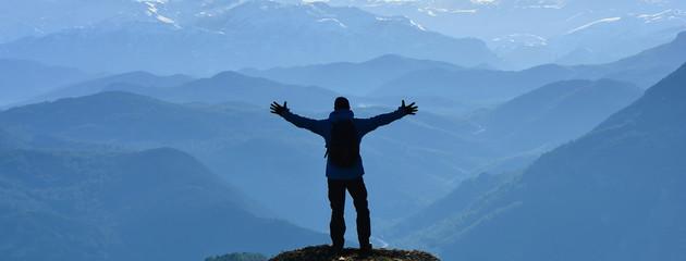 Keşif Peşindeki Maceracının Mutluluğu