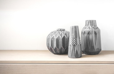 Tree vases made in porcelain