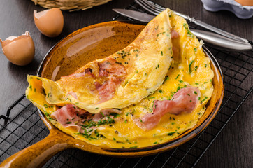 Ham and egg omelette
