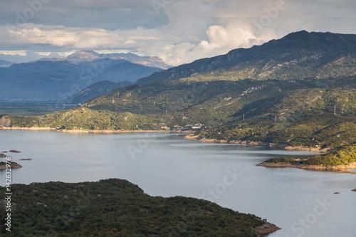 slansko lake in montenegro stockfotos und lizenzfreie. Black Bedroom Furniture Sets. Home Design Ideas