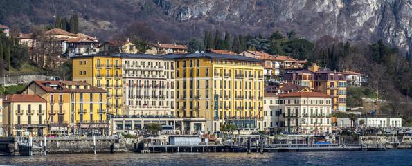 Cadenabbia: view approaching boat