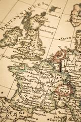 アンティークの古地図 フランスとイギリス