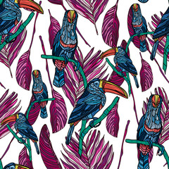 Seamless pattern with toucans and tropical leaves. Vector illustration.