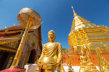 Photo sur Aluminium Edifice religieux Wat Phrathat Doi Suthep temple in Chiang Mai, Thailand.
