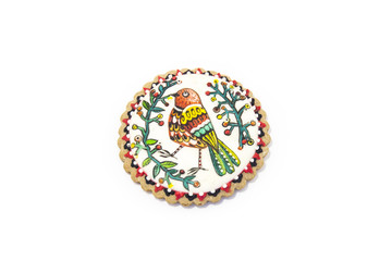 gingerbread with ornament birds