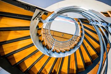 Escalier en colimaçon dans un immeuble du quartier de la Part-Dieu à Lyon