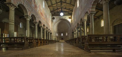 San Piero a Grado near Pisa, Romanesque basilica, view to the east (10th-11th century, frescoes from the 13th-14th century)_Pisa, Tuskany, Italy