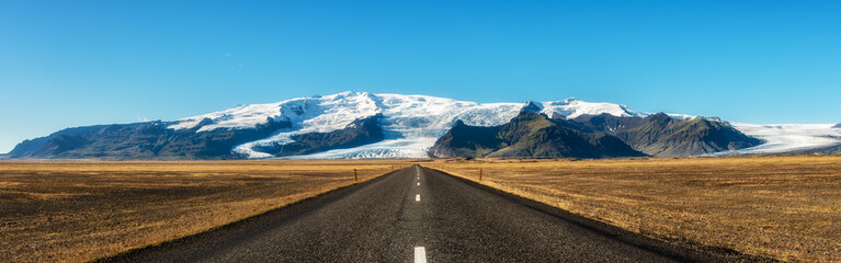 Famous ring road in Iceland leading to Vatnajokull, also known as the Vatna Glacier.