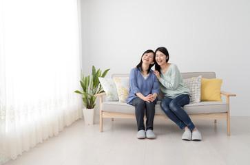 仲の良い母と娘